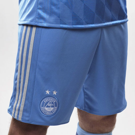 2017/18 AWAY SHORT ADULT