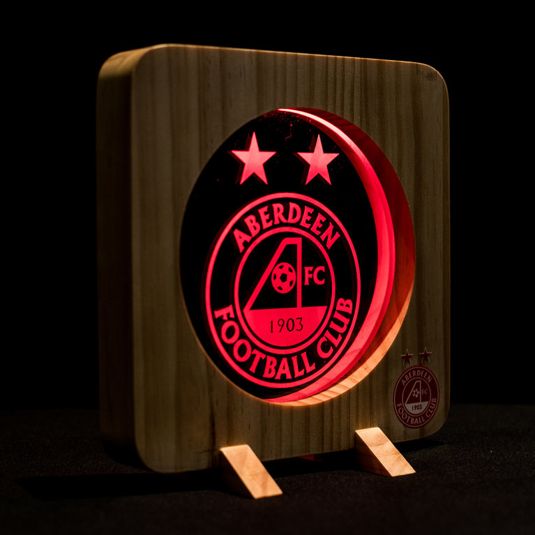 CREST WOODEN NIGHT LIGHT RED