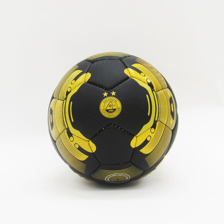 ELRICK FOOTBALL SIZE 4