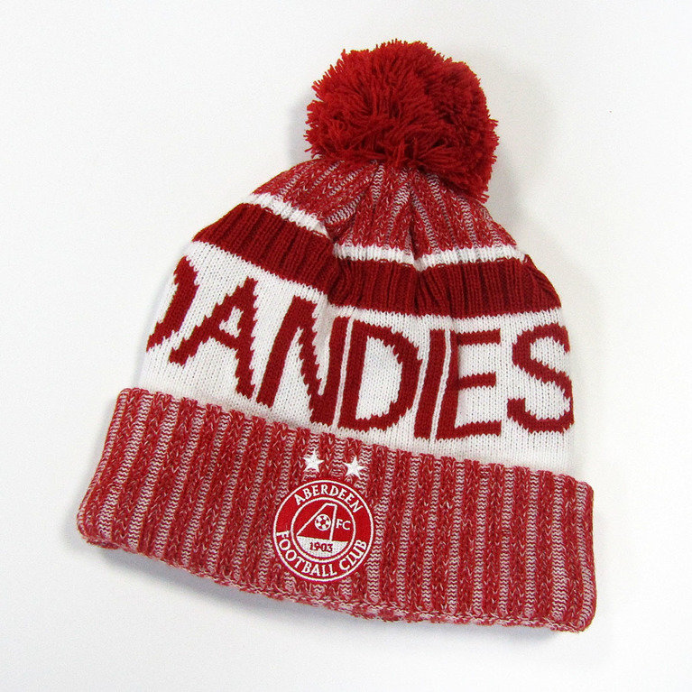 LEGEND BOBBLE HAT