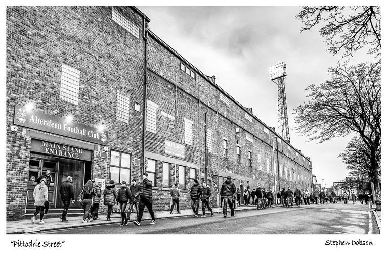 PITTODRIE STREET PRINT