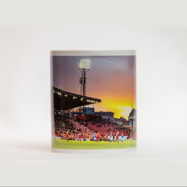 PITTODRIE SUNSET MUG