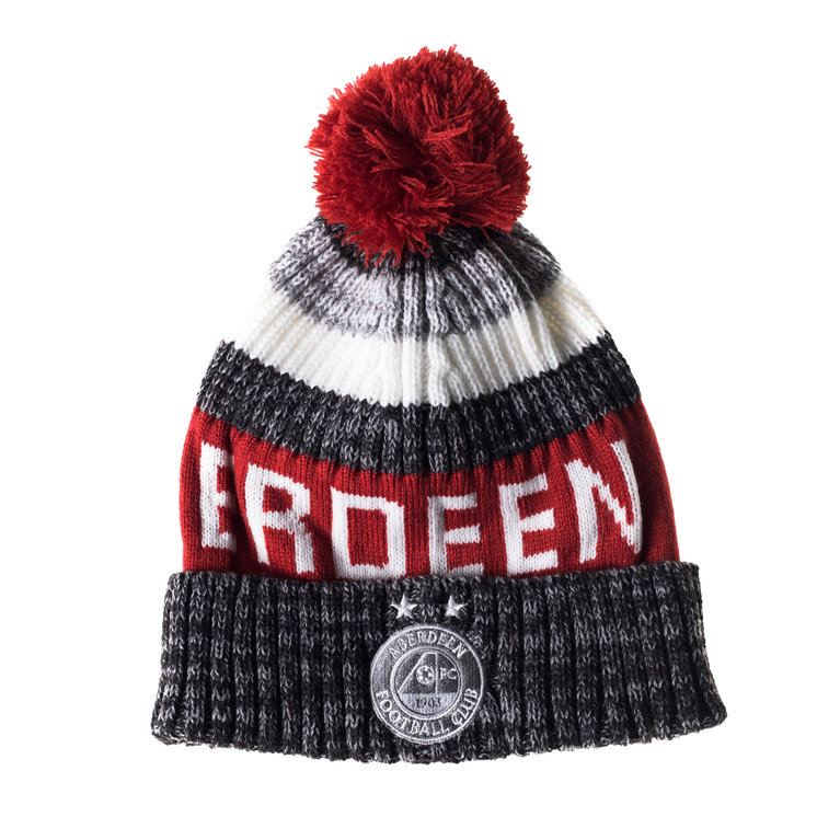 SUPER DUPER BOBBLE HAT