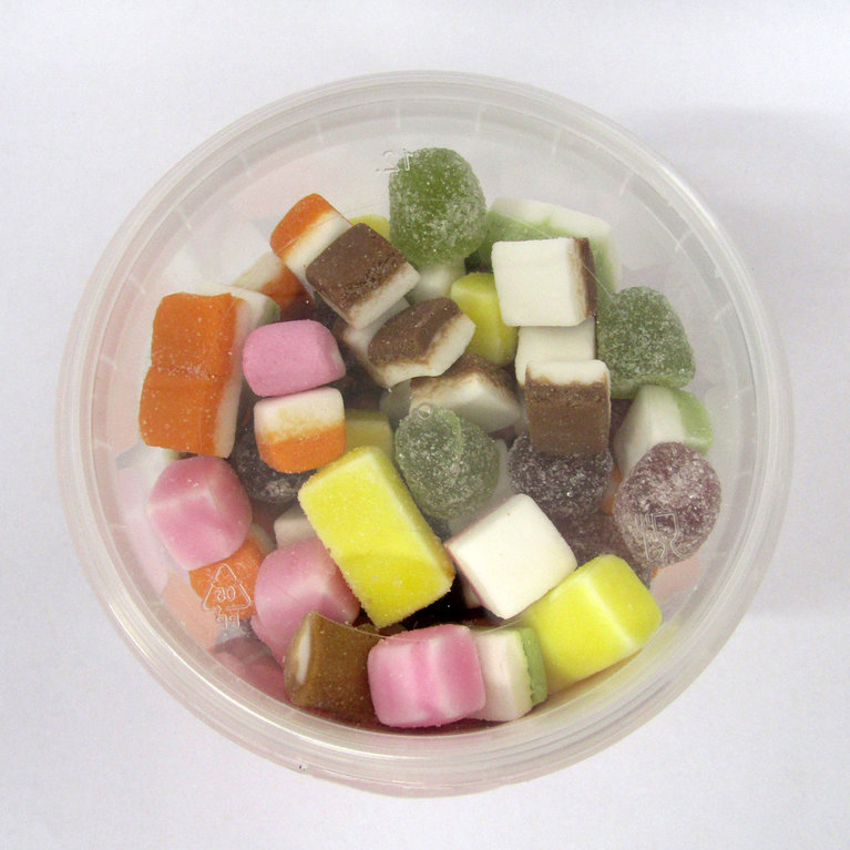 TUB OF DOLLY MIXTURES